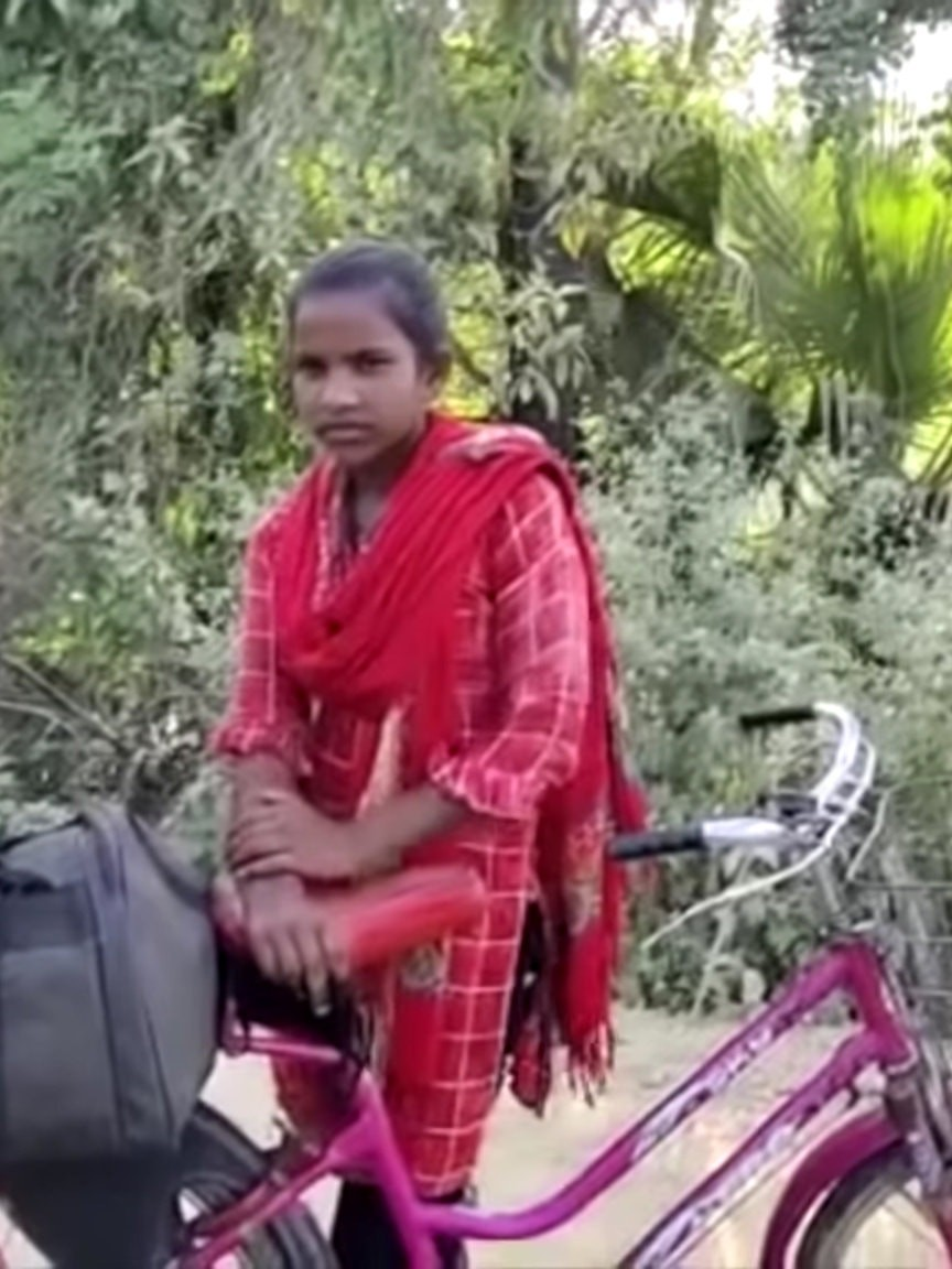 Lionhearted Girl Bikes Dad Across India Inspiring a Nation
