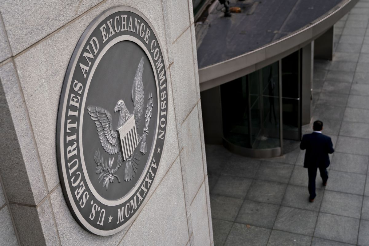 S&P Index Manager Charged With Insider Trading Scheme